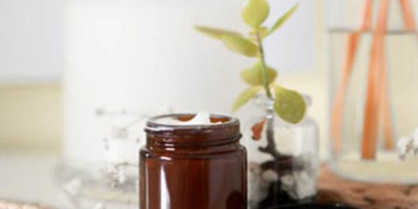 Top 10 produse cu unt de shea pentru îngrijirea pielii și părului