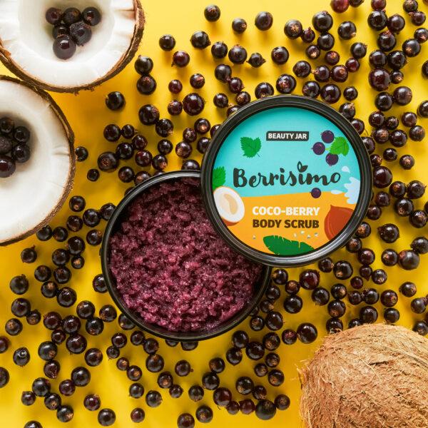 Scrub pentru corp cu coacaze negre, unt de shea, ulei de cocos si sare de mare, Berrisimo, Beauty Jar, 350g